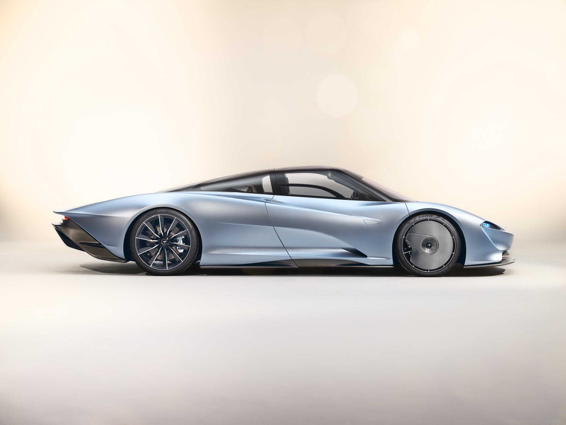 McLaren Speedtail Blows Past F1 with 250 MPH Top Speed