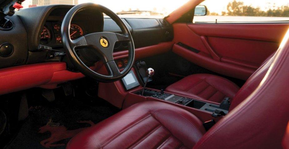 1992 Ferrari 512 TR interior