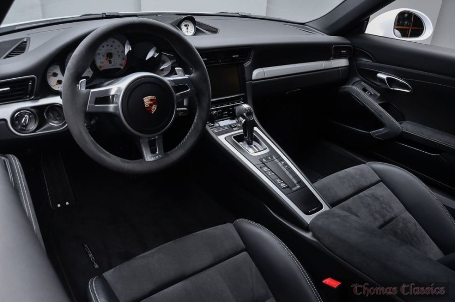 2015 Porsche 911 GT3 Carrera White Dash