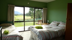 Te Anau Homestay Private Rooms - Corner Room