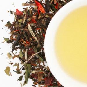 Pomegranate White Loose Leaf Tea brewed tea