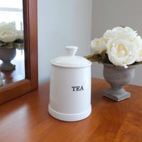 White Round Ceramic Storage Jar for Loose Leaf Tea
