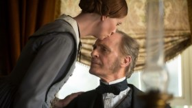 A Quiet Passion Movie (1)