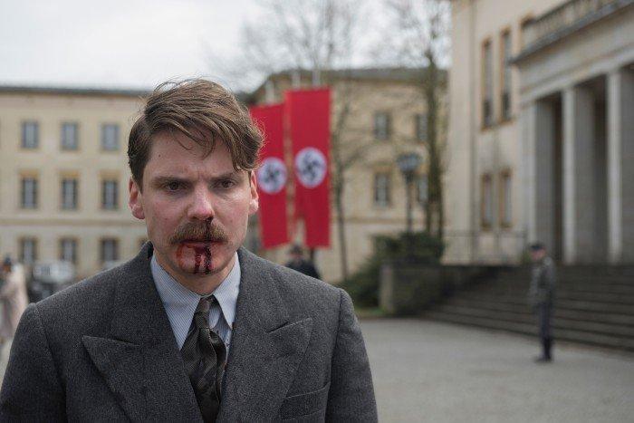 Αποτέλεσμα εικόνας για alone in berlin trailer