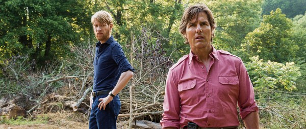 American Made Movie Domhnall Gleeson And Tom Cruise And