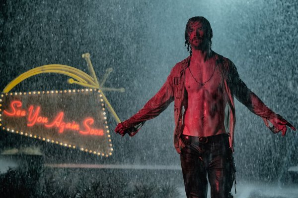 Bad Times At The El Royale Movie - Chris Hemsworth