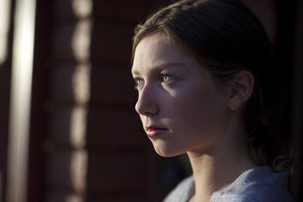 Isabella Blake Thomas In Jean