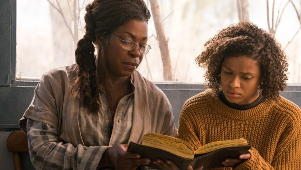 Lorraine Toussaint and Gugu Mbatha Raw - Fast Color Movie