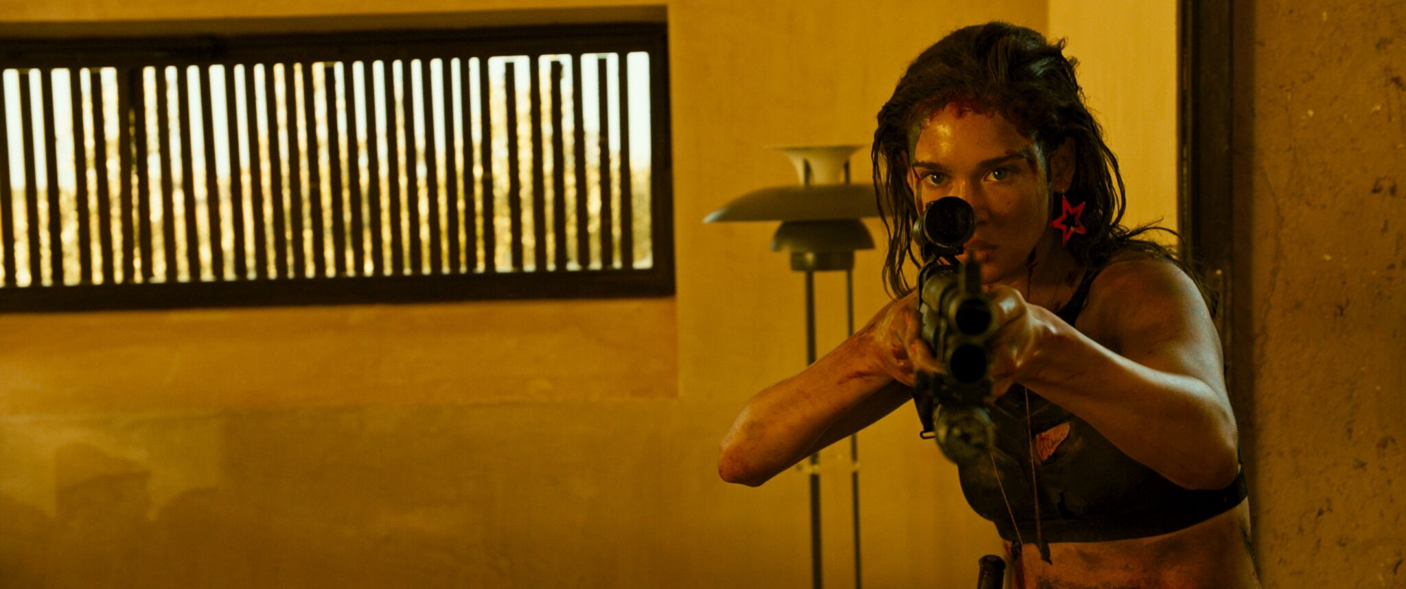 Revenge Movie starring Matilda Lutz : Teaser Trailer