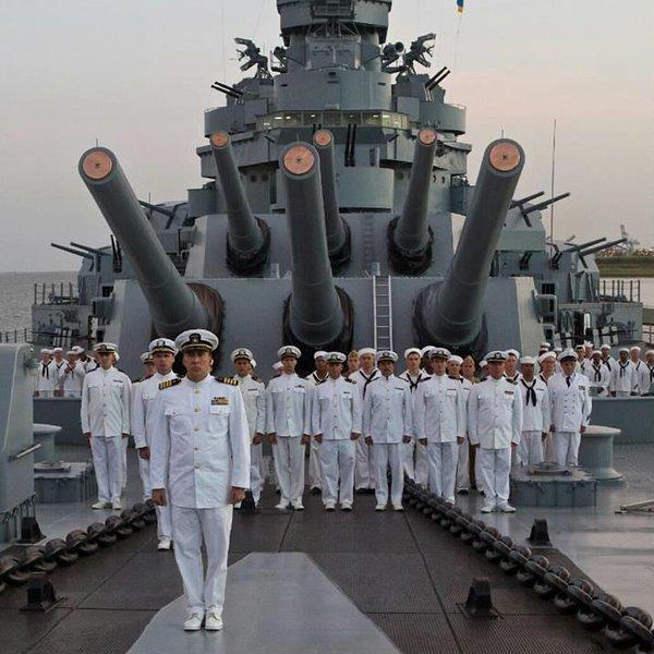 Nicolas Cage USS Indianapolis Film