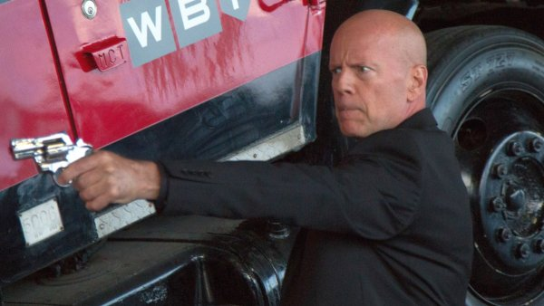 Precious Cargo movie - Bruce Willis