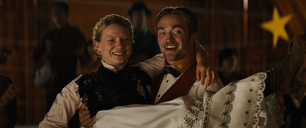 Robert Pattinson and Mia Wasikowska in the movie Damsel.