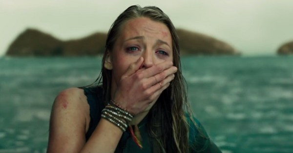 The Shallows Movie - Blake Lively
