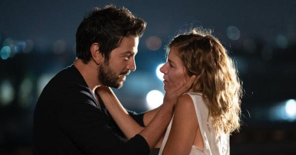 Wander Darkly movie starring Sienna Miller And Diego Luna