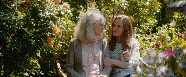 "What They Had Film Blythe Danner (left) stars as 'Ruth' and Hilary Swank (right) stars as ""'Bridget' Elizabeth Chomko's WHAT THEY HAD, a Bleecker Street release."