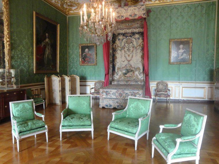 Venture to Versailles