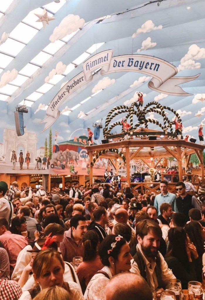 Oktoberfest beer tentn