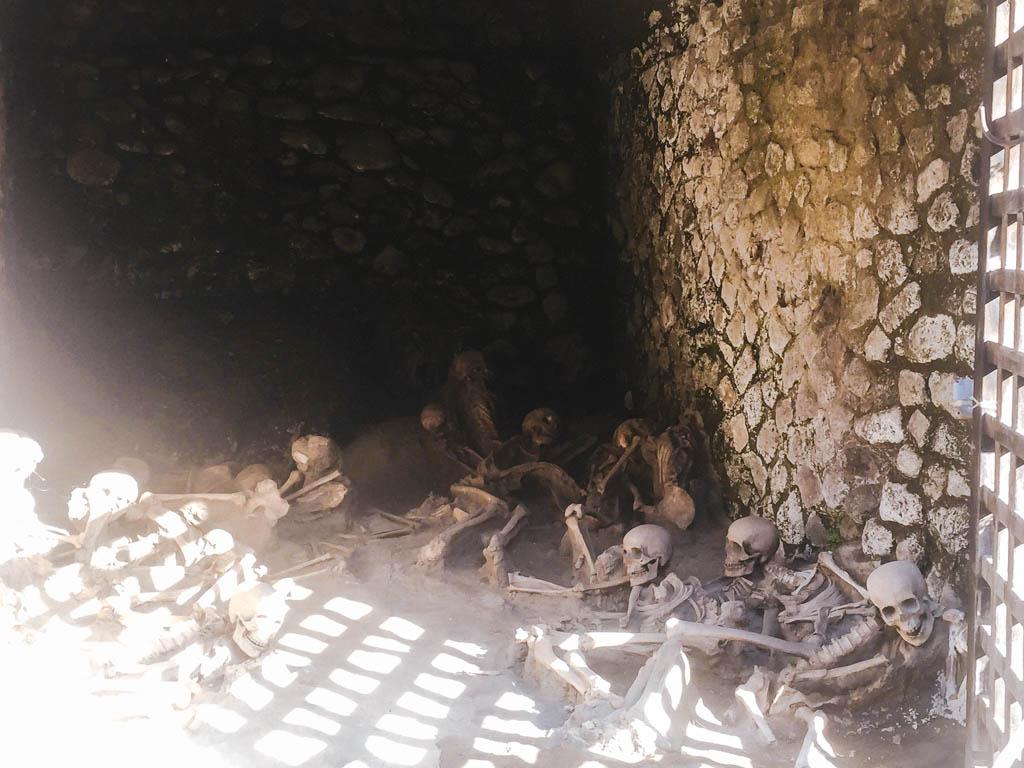 Skeletons at Herculanem