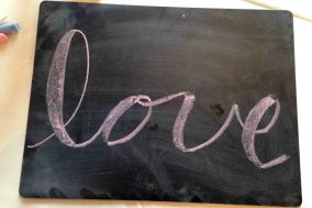 Chalklettering lesson with All She Wrote Notes!