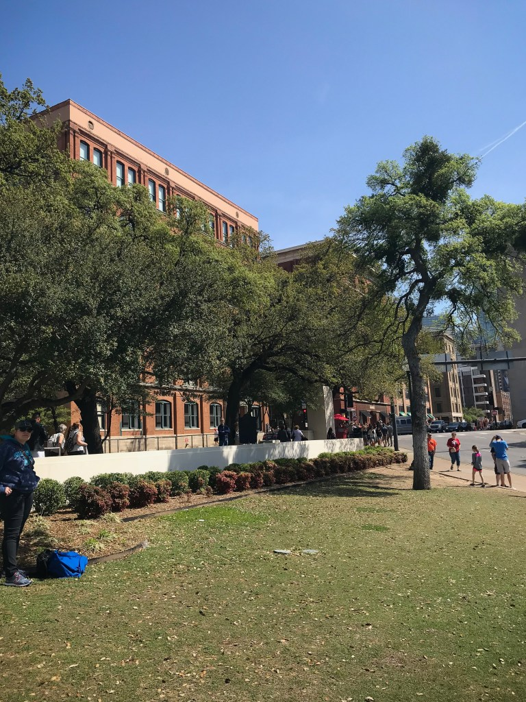 Planning a day in Dallas doesn't have to be hard! Here's your perfect Dallas day trip! | Teaspoon of Nose