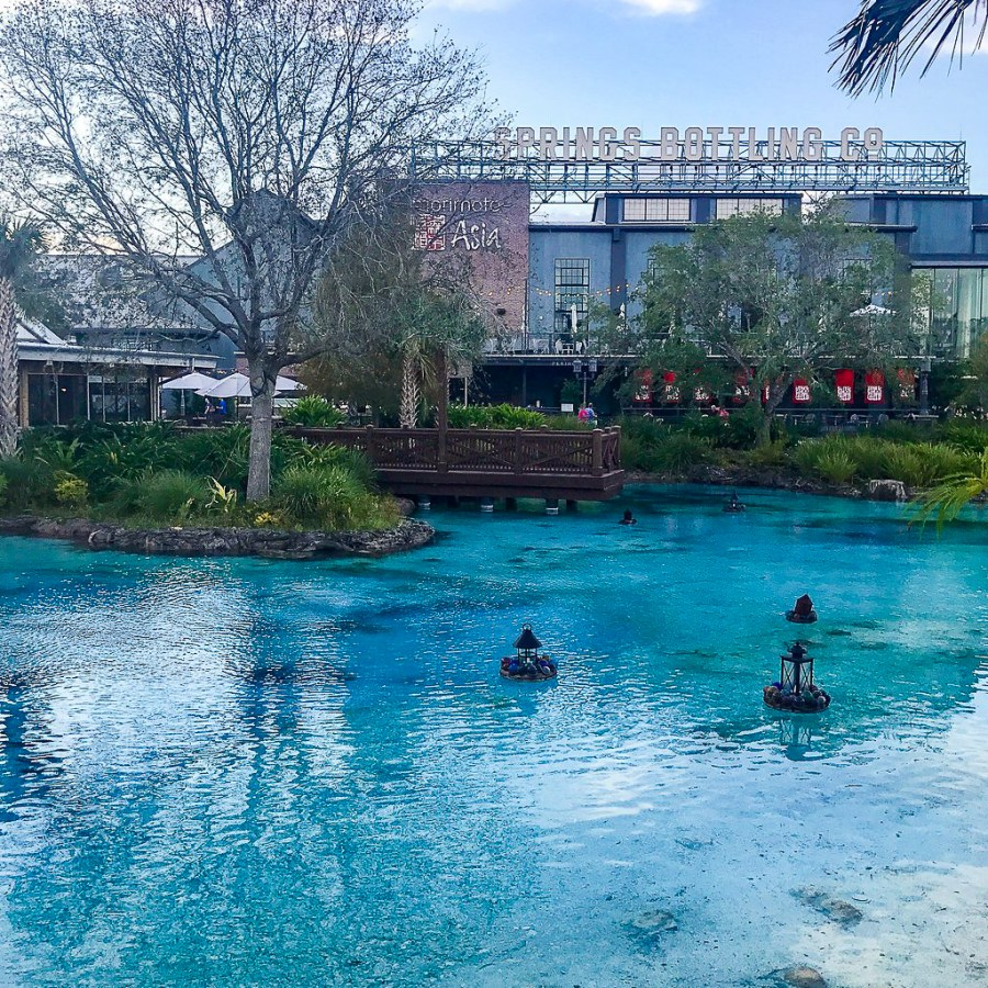 Planning a Florida vacation but need to help your budget a little? Try these free things to do in Orlando, Florida! | Teaspoon of Nose