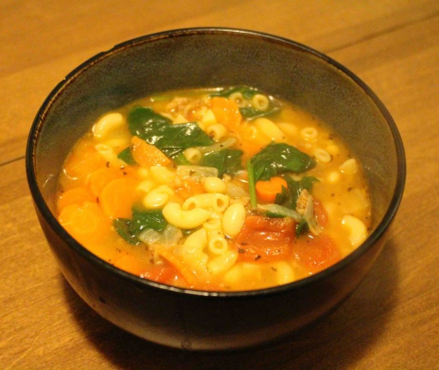 Tuscan Sausage Soup is hearty, delicious, and will feed an army!!| Teaspoon of Nose
