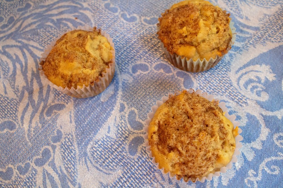 These cinnamon apple muffins make a great breakfast treat and are perfect for your next fall gathering!   Teaspoon of Nose