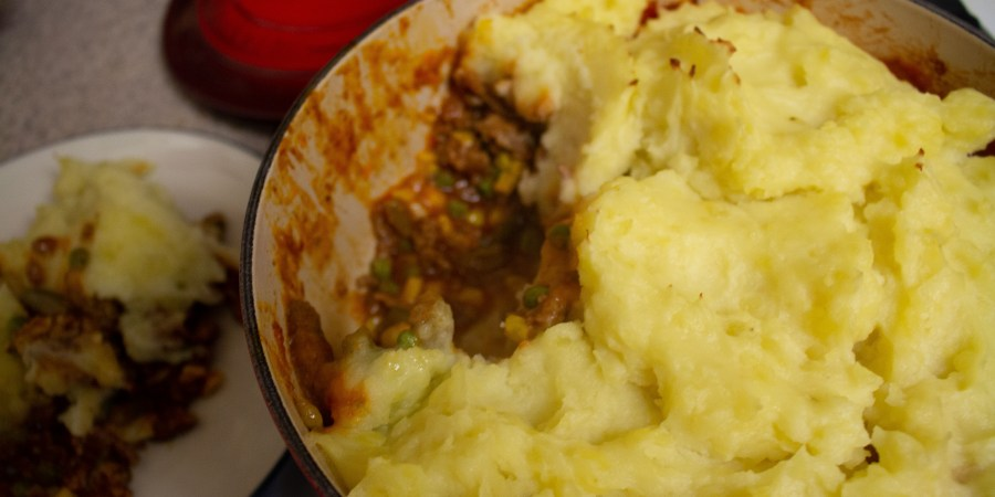 Shepherd's Pie in 30 minutes? Heck yes! Super easy weeknight dinner option.