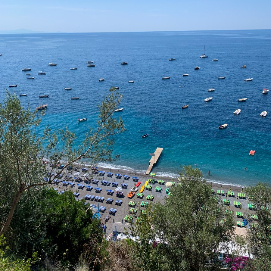 Positano is the ideal home base for a vacation on the Amalfi Coast! From location to budget to options for restaurants, Positano is the perfect Amalfi Coast town.