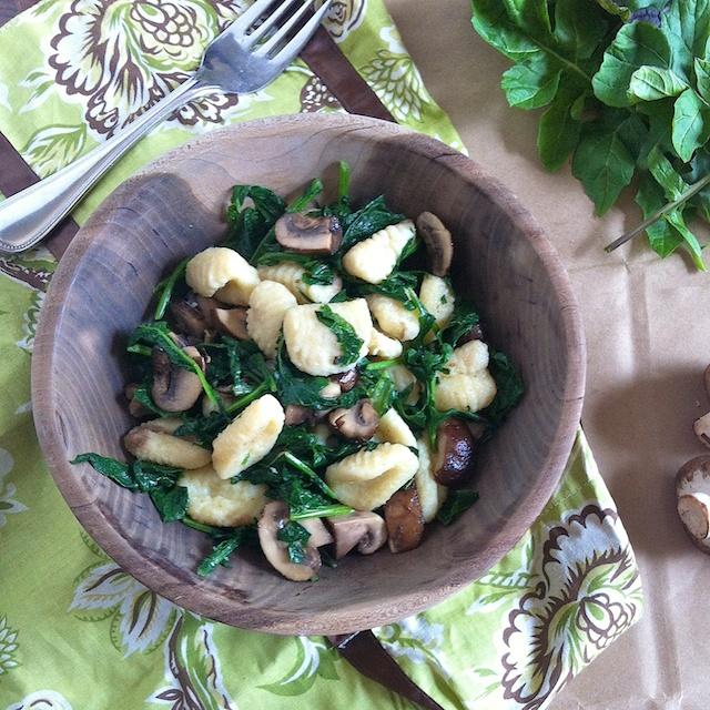 Gnocchi with Spring Greens & Crimini Mushrooms | Teaspoonofspice.com