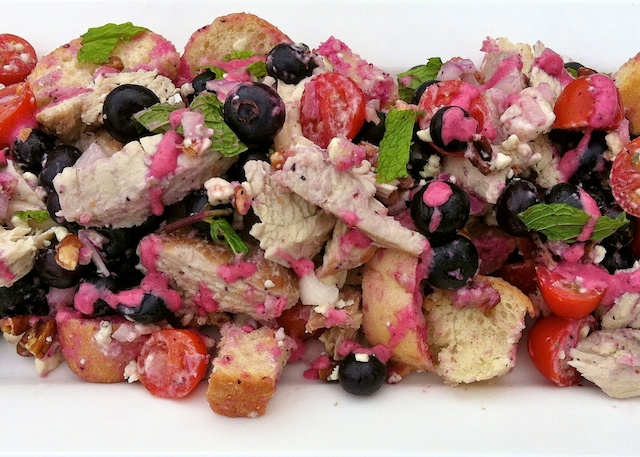 Blueberry Turkey Panzanella Salad | TeaspoonofSpice.com