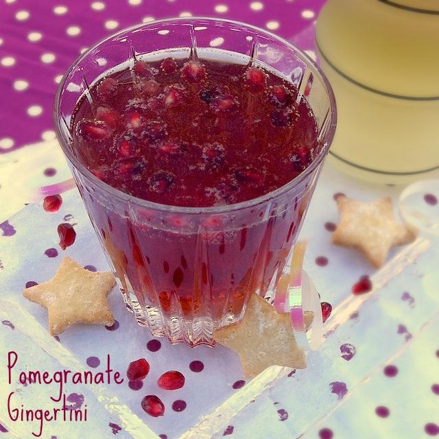 "<a href=""http://teaspoonofspice.com//wp-content/uploads/2012/12/Pomegranate-Gingertini.jpg""><img class=""aligncenter size-full wp-image-6095"" alt=""Pomegranate Gingertini | TeaspoonofSpice.com"" src=""http://teaspoonofspice.com//wp-content/uploads/2012/12/Pomegranate-Gingertini.jpg"" width=""640"" height=""640"" /></a>"