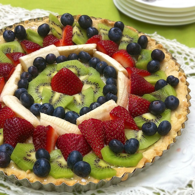 German Fruit Tart | Teaspoonofspice.com
