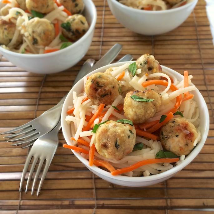 Gluten Free Thai Turkey Meatballs with Rice Noodles | Teaspoonofspice.com
