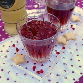 Pomegranate Gingertini | TeaspoonofSpice.com