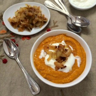 Red Lentil & Carrot Soup with Frazzled Onions | Teaspoonofspice.com