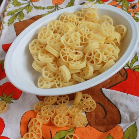 #HealthyKitchenHacks Shorten pasta cooking time