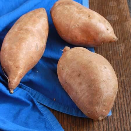 #HealthyKitchenHacks How to bake sweet potatoes quicker