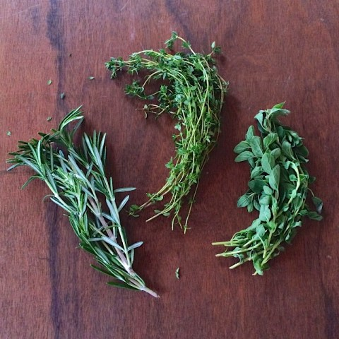 #HealthyKitchenHacks: What to do with leftover dried herbs so they don't go to waste.