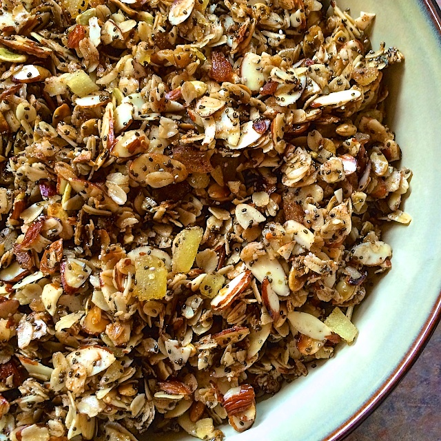 Delicious start to your day: Gluten-Free Skillet Ginger Almond Granola @almonds @tspbasil