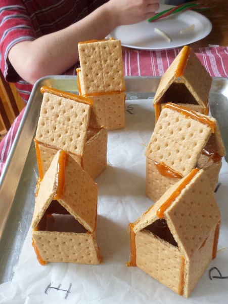 The Easy Trick for Making Graham Cracker Gingerbread Houses to Stick #HealthyKitchenHacks | @TspCurry