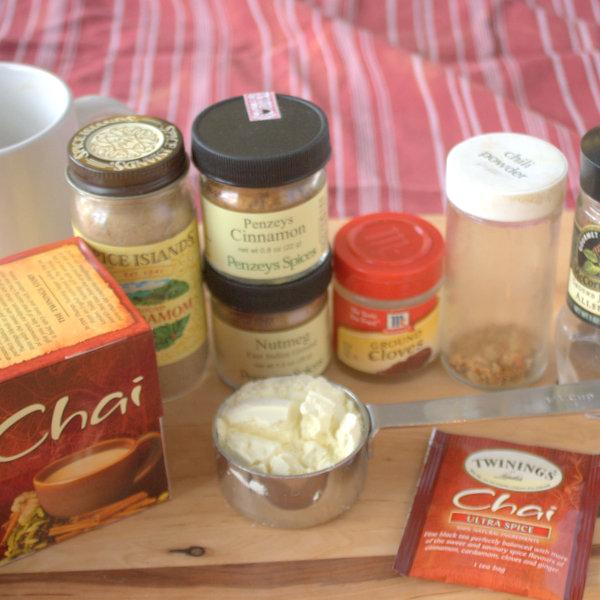 #HealthyKitchenHacks - DIY Chia Latte Mix | @TspCurry