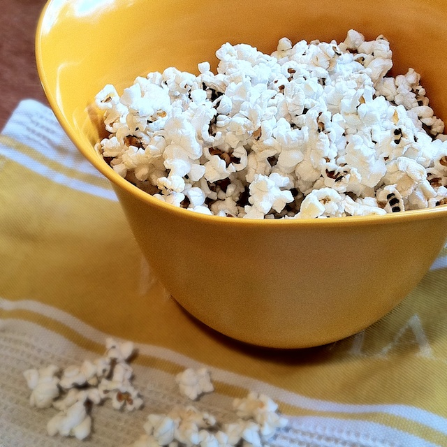 Healthy Kitchen Hacks: Here are the secrets behind making a perfect batch of stovetop popcorn with fewer burnt and unpopped kernels!