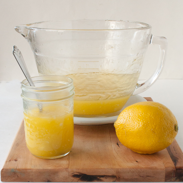 No-fail: MICROWAVE LEMON CURD #Healthy Kitchen Hacks | @TspCurry - For more #HealthyKitchenHacks >> TeaspoonOfSpice.com