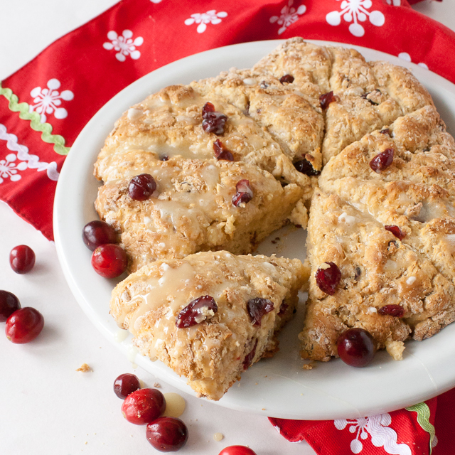 Easy to whip up for last minute guests - or cookie exchanges: EGGNOG CRANBERRY SCONES | @TspCurry - TeaspoonOfSpice.com