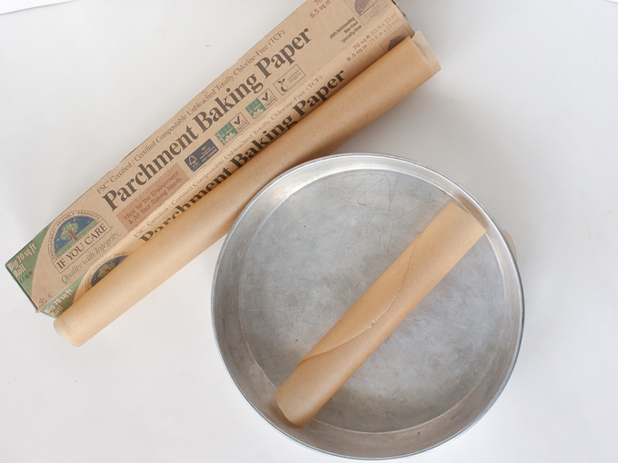 Easy trick for: How to Keep Parchment Paper from Rolling up + 6 Simple Recipes to Use this HEALTHY KITCHEN HACK | @TspCurry For more Hacks: TeaspoonOfSpice.com