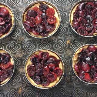 How To Make Mini Fruit Pies With Mason Jar Lids
