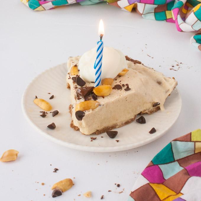 Frozen Chocolate Peanut Butter Pie | @TspCurry