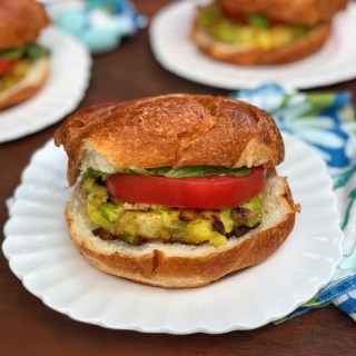 These yummy potato veggie burgers have the perfect ratio of carbs and protein for a post-workout meal (make them ahead of time and freeze!)
