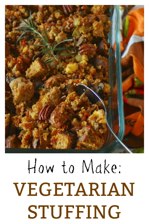 HOW TO MAKE VEGETARIAN STUFFING - Tips on how to keep it moist in the middle and crispy around the edges. This and more #healthy recipes at: https://www.pinterest.com/tspcurry/